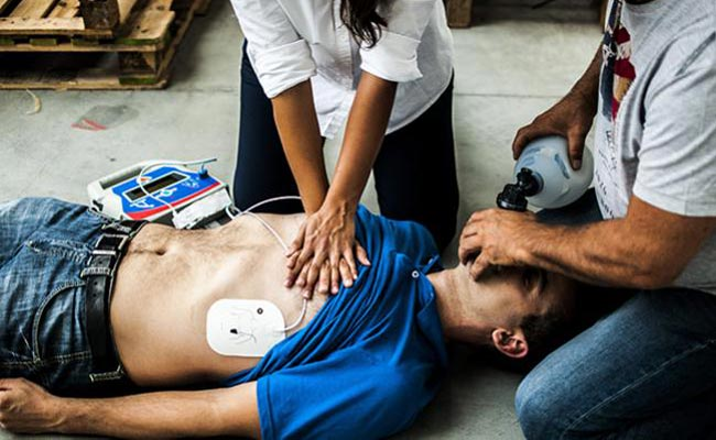 Nationally Accredited CPR Online Certification Classes & Renewals